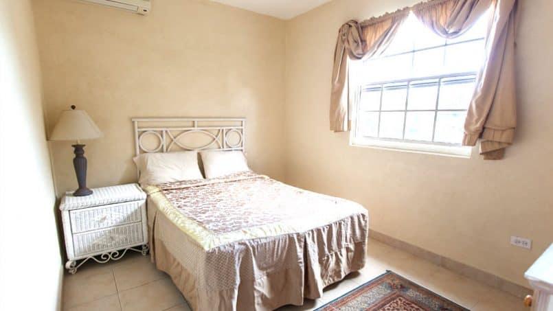Master bedroom Balcony Rock, Barbados